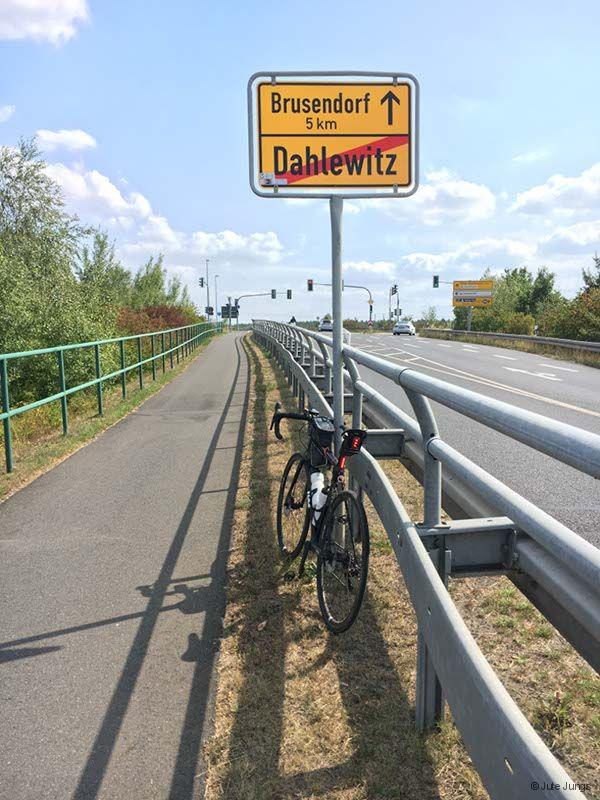 Am Ortsausgang von Dahlewitz